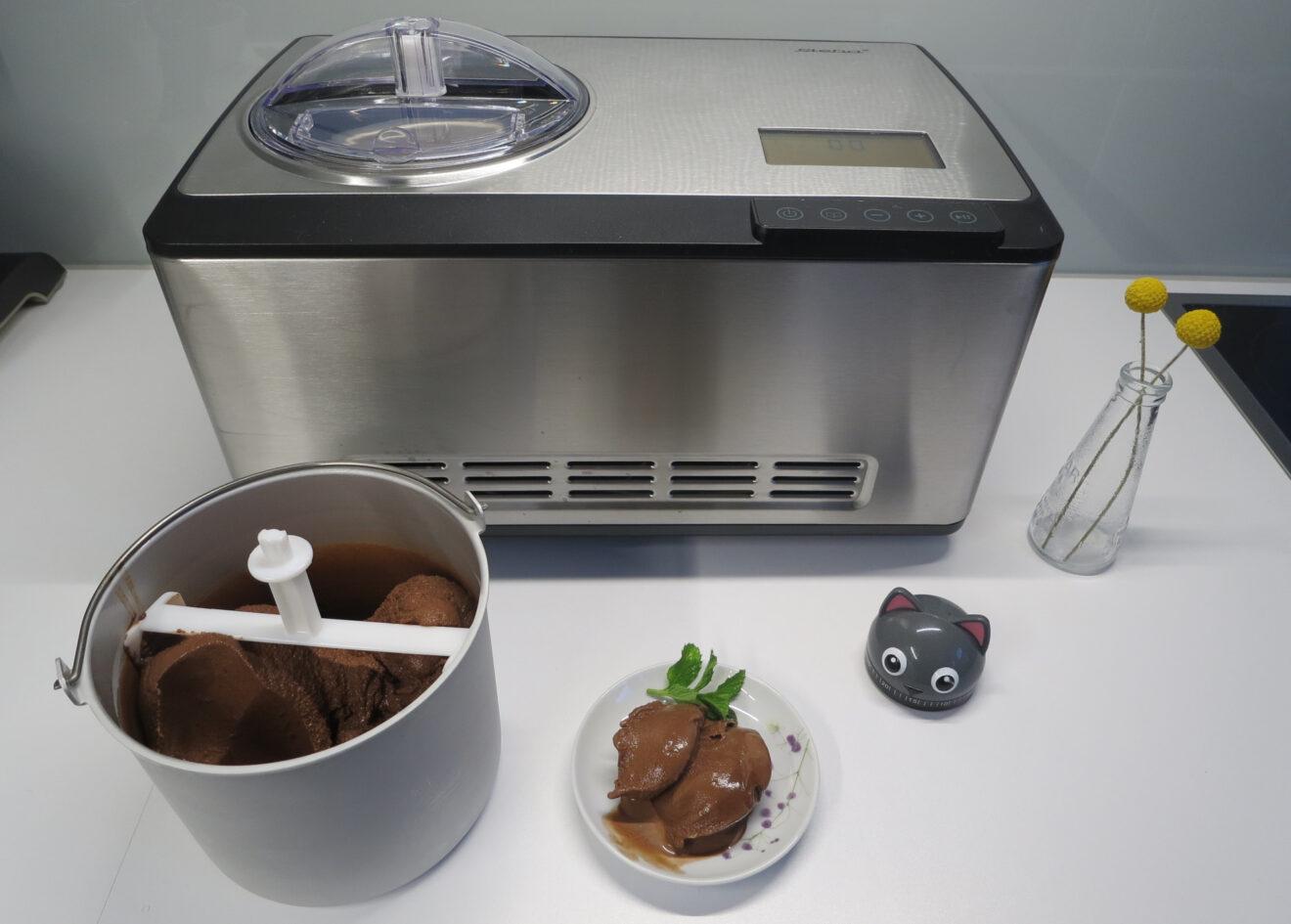 Schokoladeneis aus der Eismaschine Steba IC 180