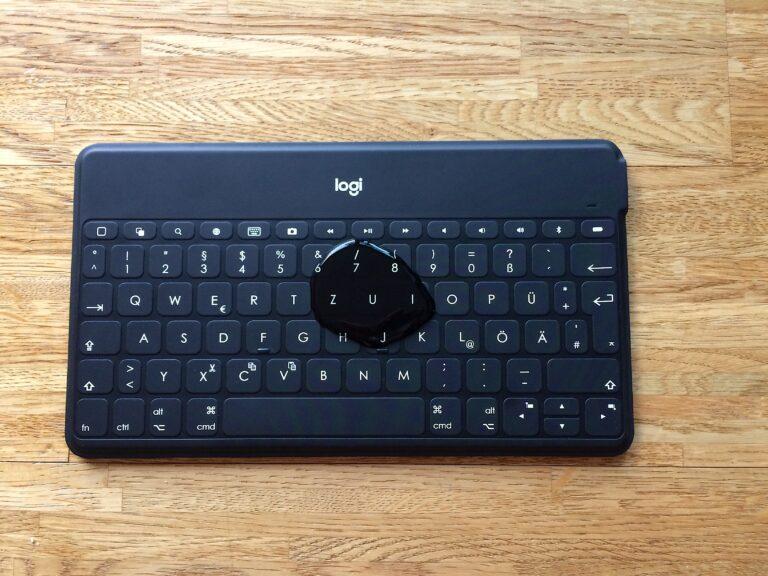 Mobile Tastatur Logitech Keys-to-go ist geschützt vor Flüssigkeiten