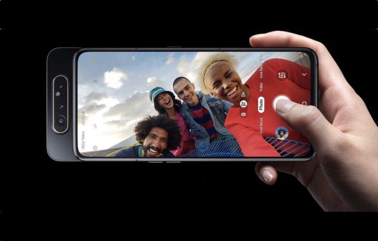 Die Kamera im Galaxy A80 klappt auf Wunsch heraus und wird zur Frontkamera