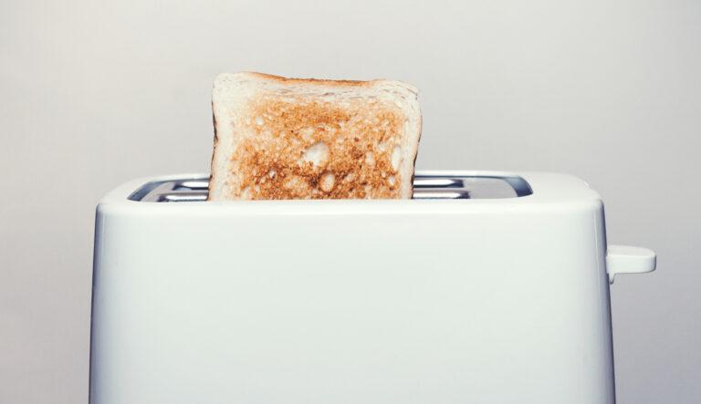 Toaster mit Toast