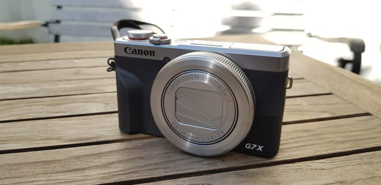 Eine schöne Kamera, die Canon Powershot G7X Mark III. (Foto: Sven Wernicke)