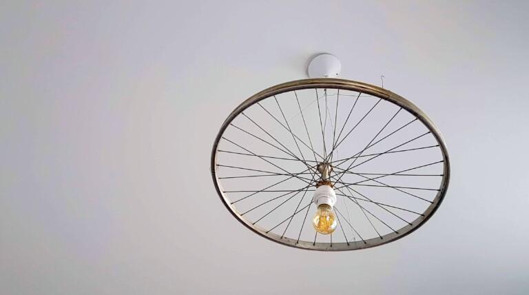 Filament-Lampen sorgen für Stimmung. (Foto: Sven Wernicke)