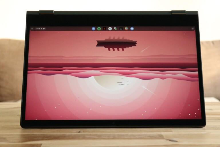 Dreht in meinen ersten Versuchen das Bild nicht mit: Das Chromebook C340-15 im Yoga-Modus