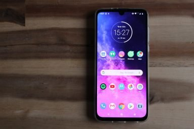 Motorola One Zoom im Test