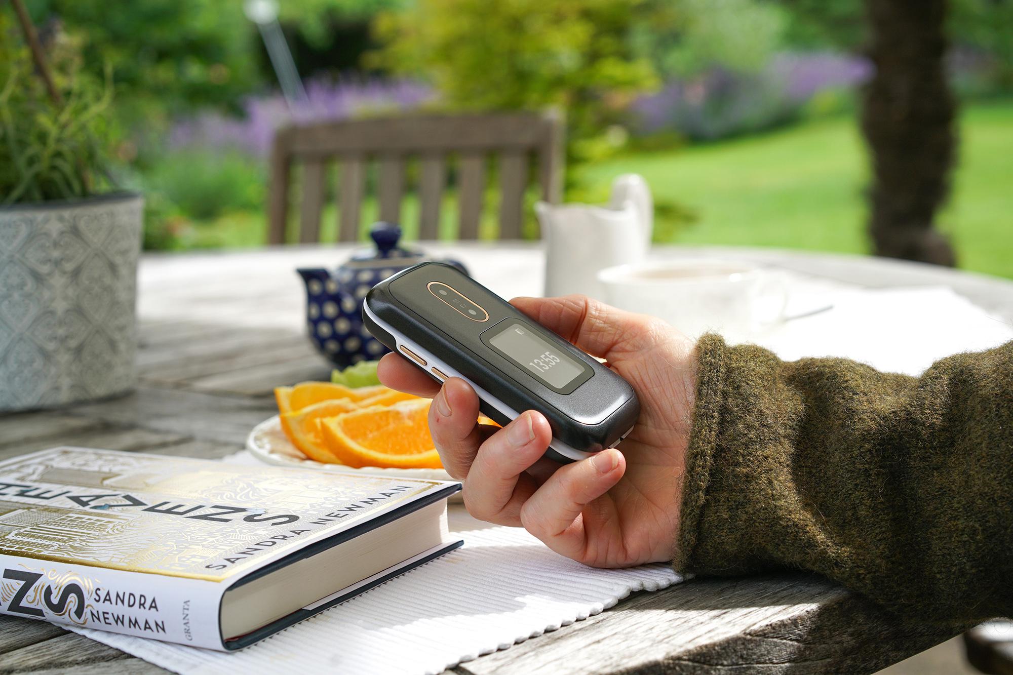 Doro Klapptelefon für Senioren