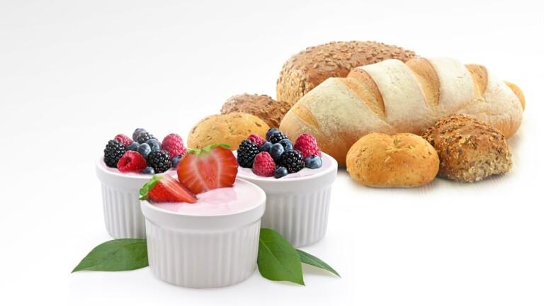 Manche Mikrowellen kommen auch mit Joghurt und Hefeteig klar. (Foto: Samsung)