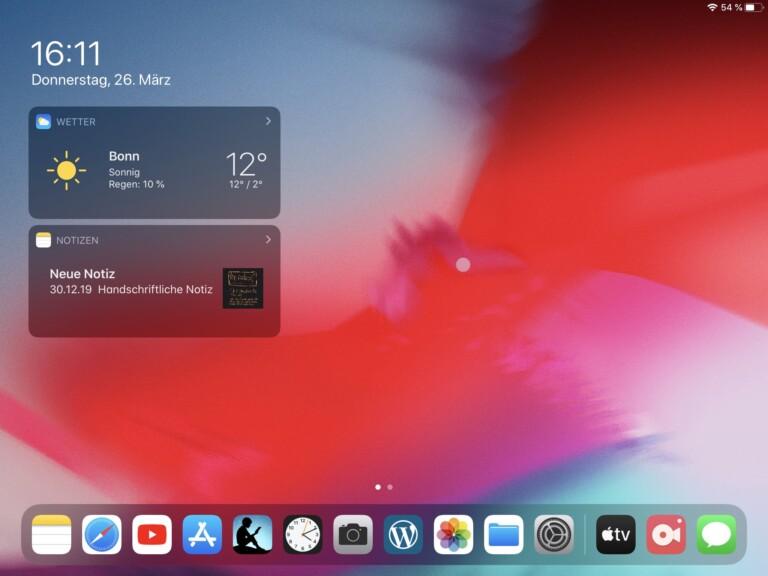 Homescreen eines iPad Mini 4. Ein Punkt statt eines klassischen Mauszeigers? Ja, und es funktioniert erstaunlich gut.