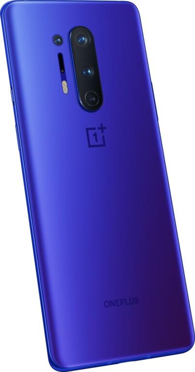 Ultramarine Blue bekommt das OnePlus Pro 8 auch spendiert. (Foto: OnePlus)
