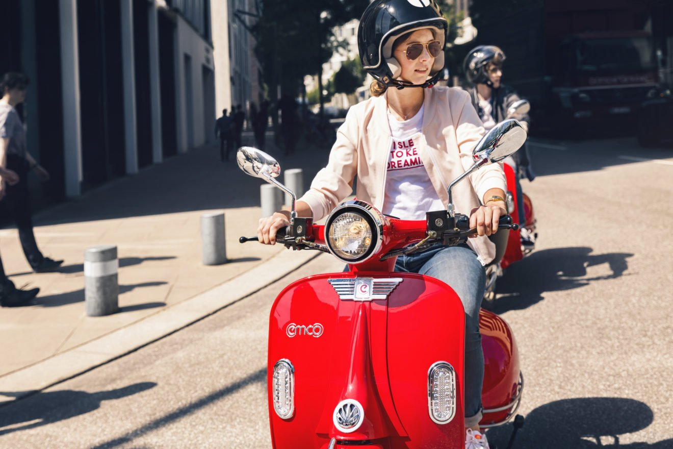 Emco roter Retro-Scooter