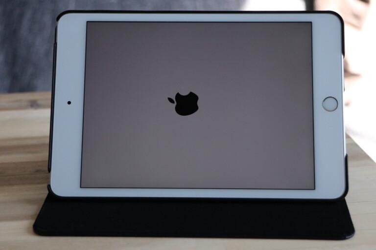 Das iPad kann sich nicht entscheiden, was es sein soll: Tablet oder Notebook.