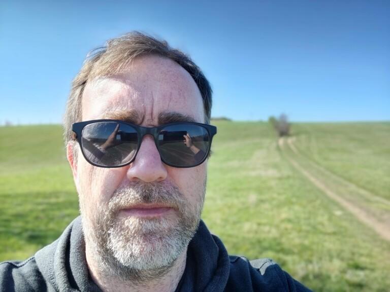Die Frontkamera des OnePlus 8 Pro macht bessere Bokeh-Aufnahmen. (Foto: Sven Wernicke)