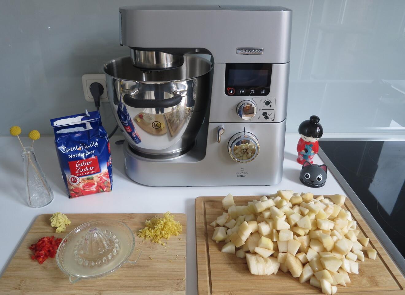 Kenwood Cooking Chef Gourmet mit Zutaten für Birnen-Chutney