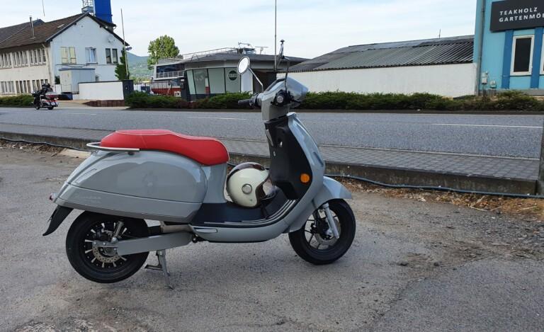 Retro-Elektromoped Kumpan 1954 RI
