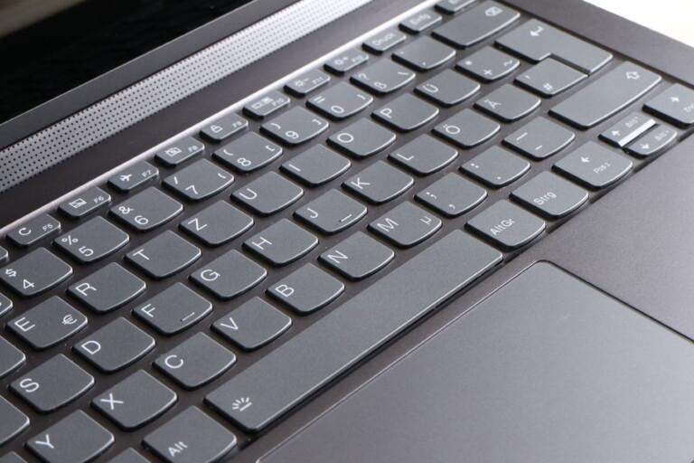 Das Yoga C940 hat eine der besten Tastaturen auf dem Markt.