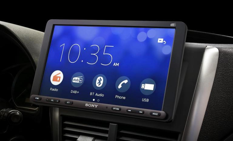 Sony Autoradio mit Touchscreen