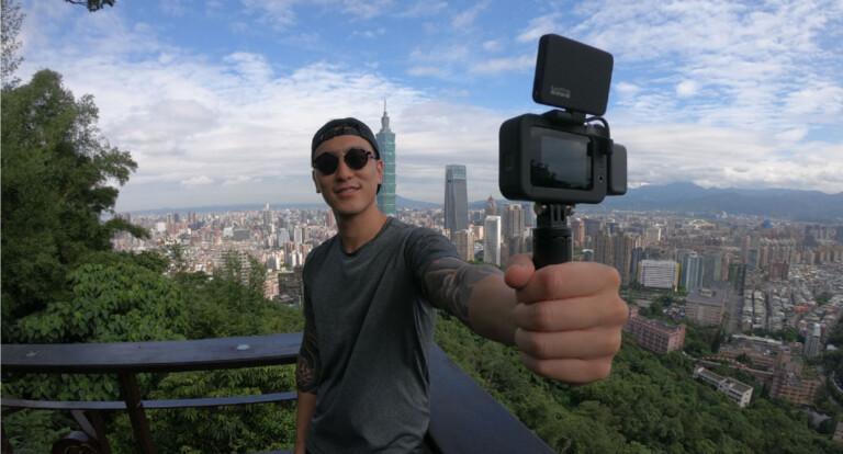 Mit dem DisplayMod wird die GoPro Hero8 zur Vlogging-Kamera. (Foto: GoPro)