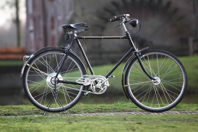 Über 80 Jahre altes cooles E-Bike mit Zehus