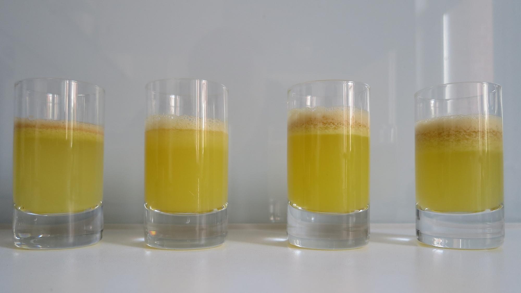 Apfelsaft-Shots