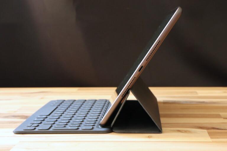 Praktisch und flach: Das iPad 8. Gen mit dem Smart Keyboard