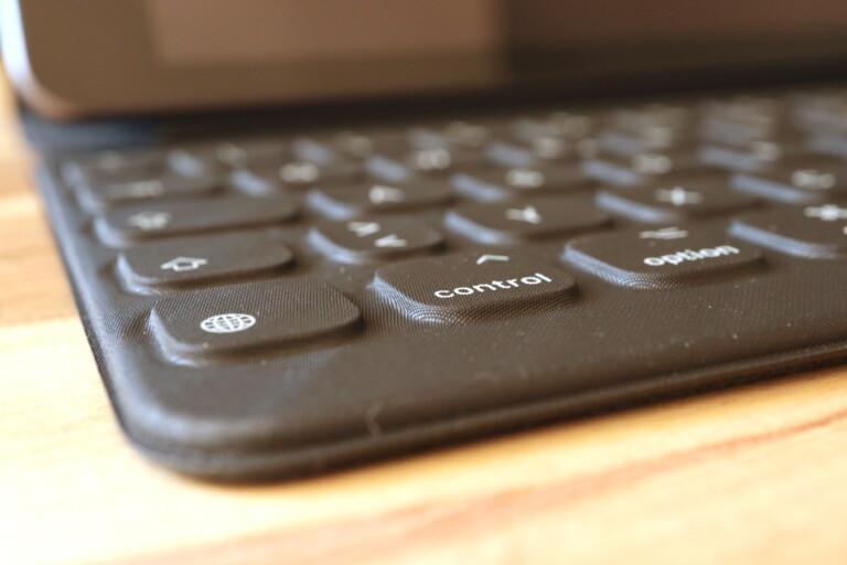 Smart Keyboard, ein optionales und empfehlenswertes Zubehör für das iPad 8. Gen.