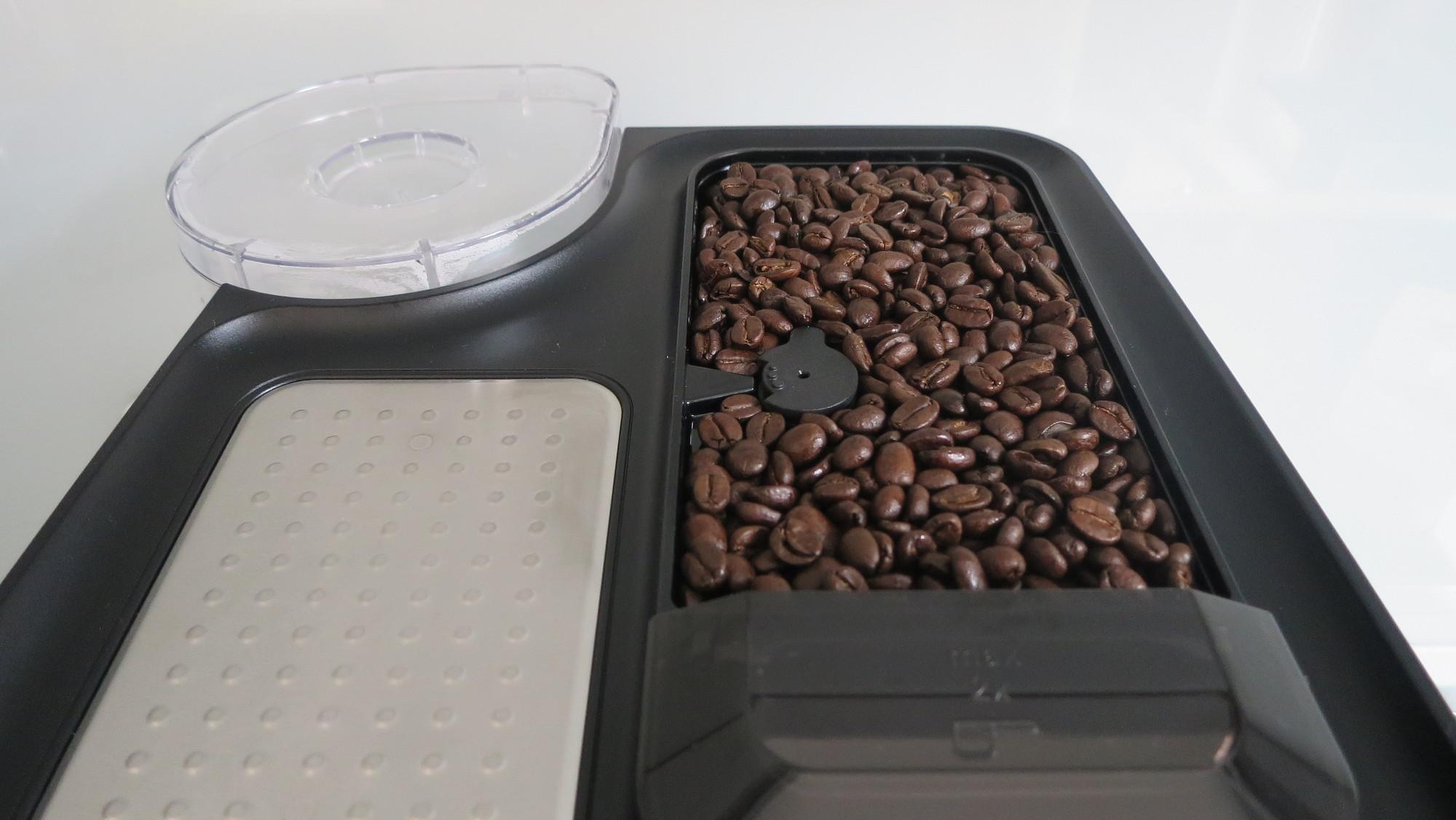Kaffeevollautomat Siemens EQ.500 Bohnenfach