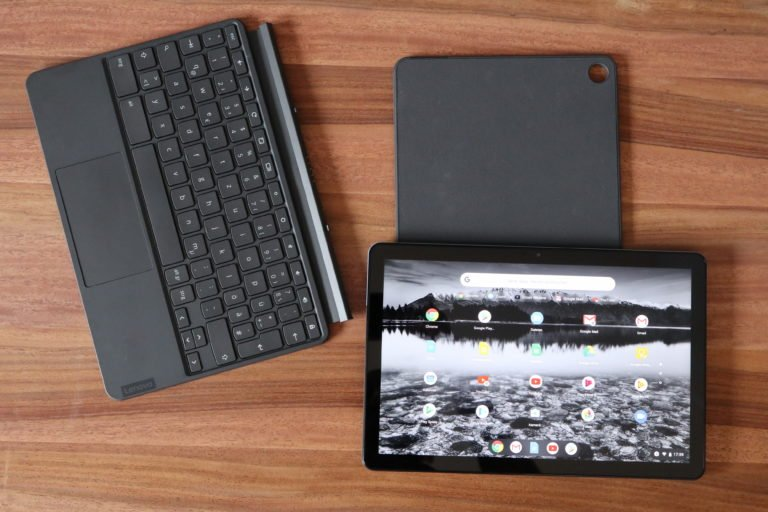 Tastatur und Cover mit Kickstand: Alles im Lieferumfang des IdeaPad Duet Chromebook