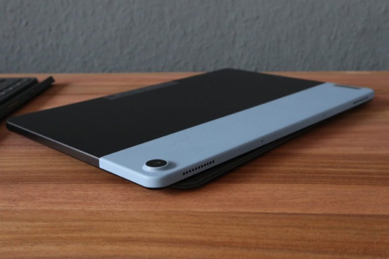 Schick ist es auch noch: hier die Rückseite des Lenovo IdeaPad Duet Chromebook