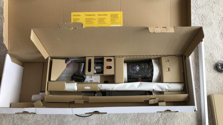 Dyson v11 Absolute Extra Pro: Durchdacht verpackt