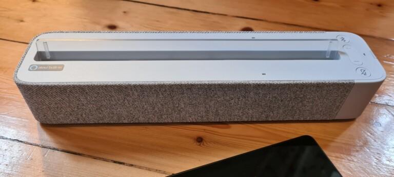 Das Smartdock könnt ihr dank Bluetooth auch mit anderen Geräten koppeln und so als Lautsprecher nutzen. (Foto: Sven Wernicke)