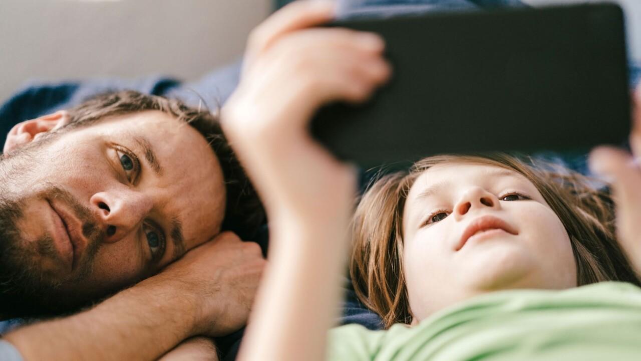 Smartphone kindersicher machen – für iPhone und Android