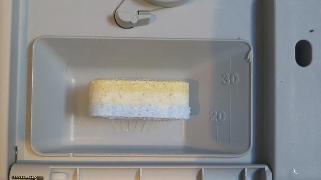 45-cm-Geschirrspüler: Ganzer oder halber Tab?