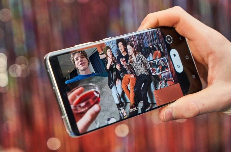Ohne Smartphone kein Mobile Hotspot. Im Zweifel könnt ihr natürlich das Telefon auch zum Streamen von Filmen und Musik nutzen. (Foto: Samsung)