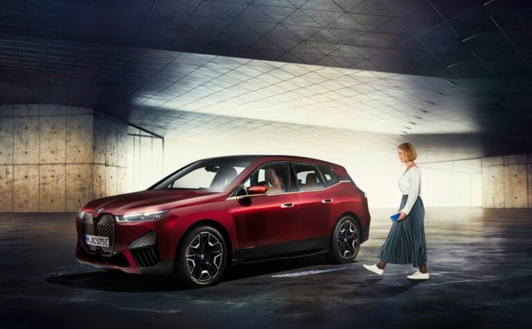 Autos in Zukunft mit dem Smartphone öffnen - UWB macht es möglich. (Foto: BMW)