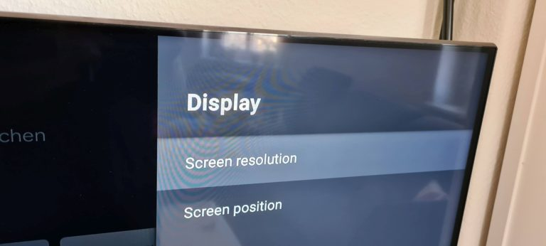 Abgesehen von den fehlenden Übersetzungen berücksichtigt die Nokia Streaming Box 8000 keine für Filmsfreunde relevanten Bildwiederholraten. Das lässt sich aber via App ändern. (Foto: Sven Wernicke)