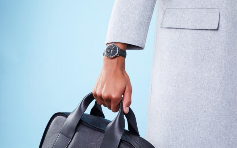 Die ScanWatch ist teuer, aber eine der interessanten Smartwatches für Senioren. (Foto: Withings)