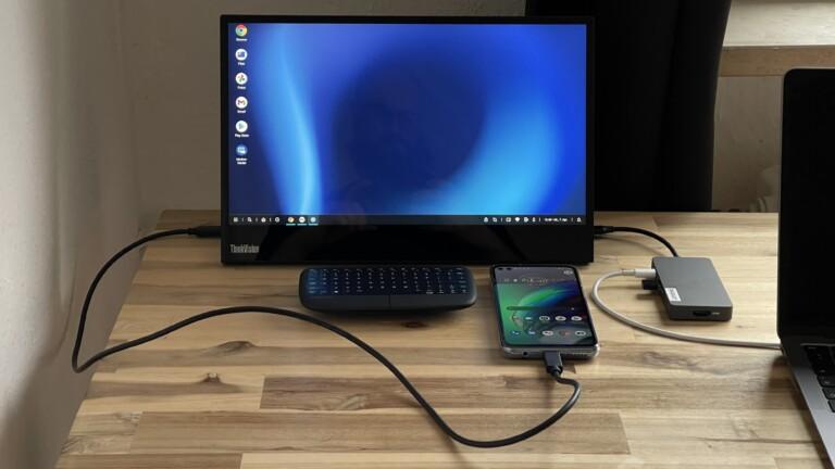 Schließt das Moto G100 an einen externen Bildschirm an, und ihr erhaltet auf Wunsch einen PC mit Windows-ähnlicher Oberfläche