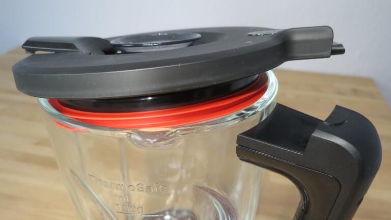 Deckel des Standmixers Bosch VitaPower