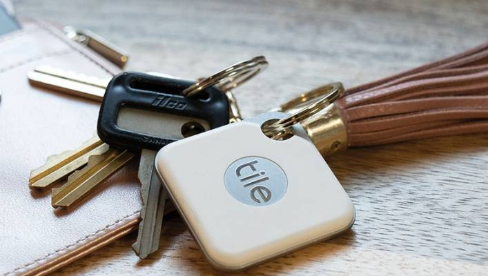 Tile, wie hier der Tile Pro, kann im Bereich der smarten Schlüsselfinder als Vorreiter bezeichnet werden. (Foto: Tile)