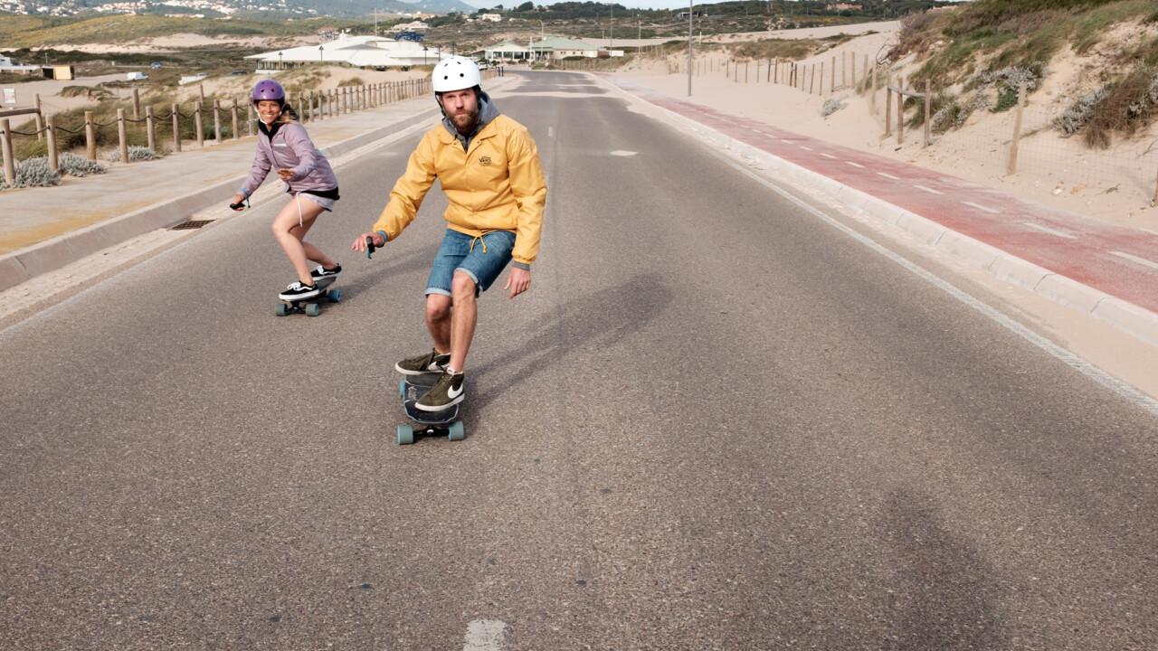 Skateboard mit Elektromotor nachrüsten: So geht's