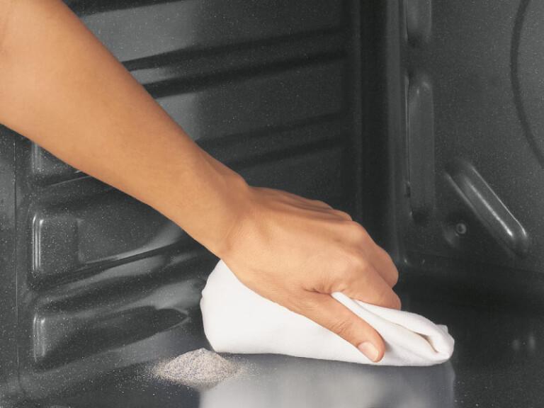 Der Smart Steam Oven von Candy bietet beispielsweise Pyrolyse. (Foto: Candy)