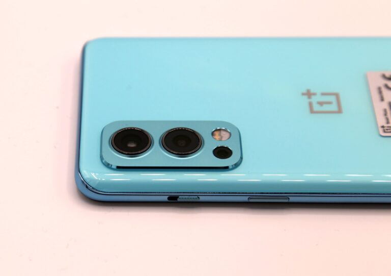 Die Triple-Kamera des OnePlus Nord 2. (Foto: Sven Wernicke)