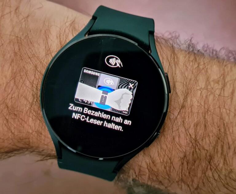 Bargeldlos mit einer Uhr bezahlen - wieso bin ich nicht früher auf die Idee gekommen? (Foto: Sven Wernicke)