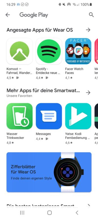 Direkt im PlayStore auf eurem Smartphone wählt ihr Apps zum Download heraus. Die lädt die Uhr dann automatisch. (Screenshot)