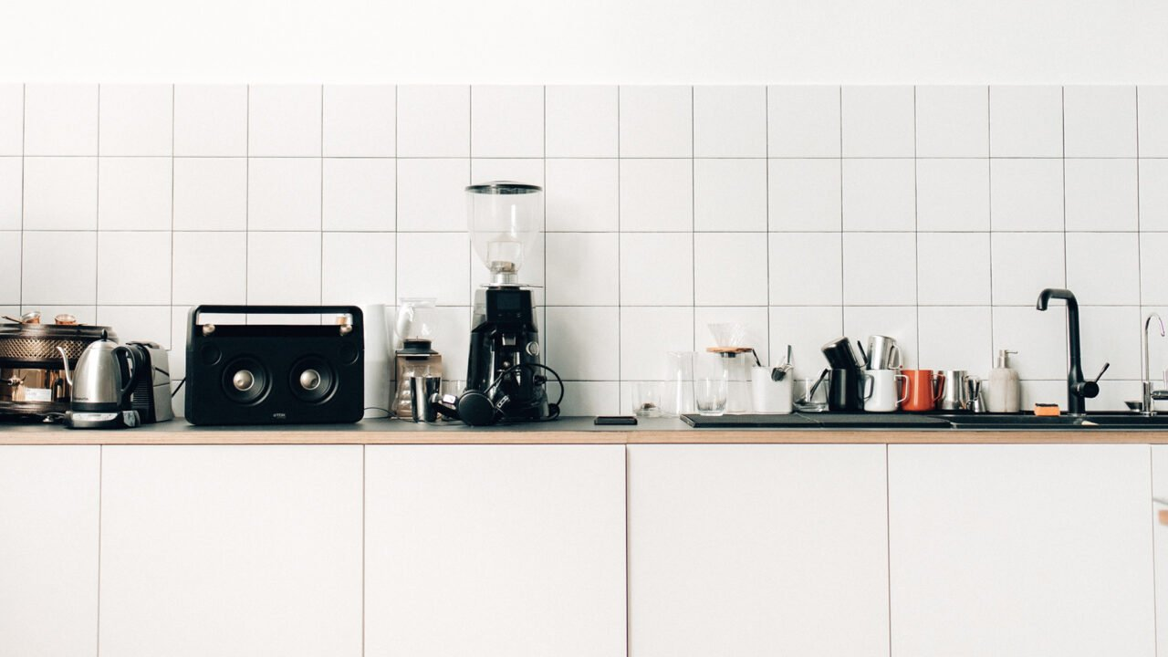Kleine Küchen: Diese Elektrogeräte müssen rein